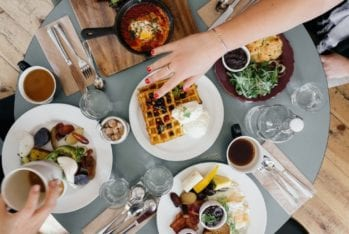 How to Increase Restaurant Sales For Free (3 Easy Ways)